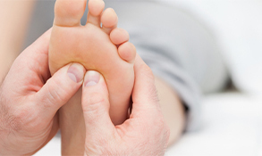 Chiropractic Maple Grove MN Reflexology Therapy